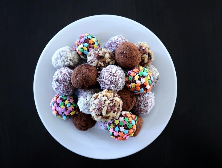 Boules d'énergie chocolat noir et petitsfruits
